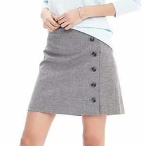Banana Republic Italian wool button skirt